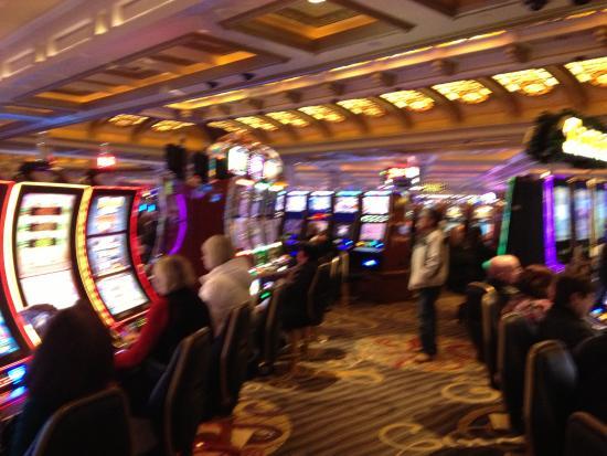 Kasino jattipotti pelata oikealla rahallao