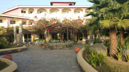 Santantao Art Resort : Entrata dell'Hotel