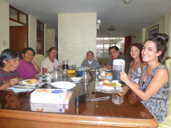 Casa de Dina: La famille