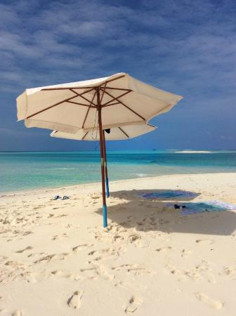 Azoush Tourist Guest House: Bikini Beach Fulhadhoo