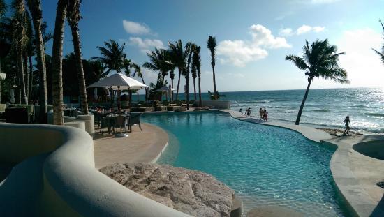 Mahekal Beach Resort Aventura Pool
