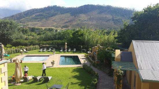 Franschhoek Country House & Villas: Pool area