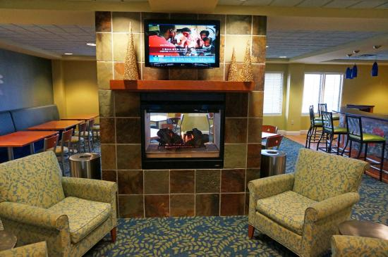 Hotel Indigo Albany-Latham: lounge