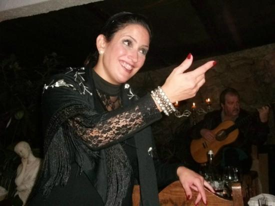 O Cangalho: Fadista Ana Marques.