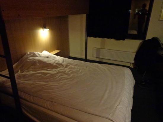 Zleep Hotel Billund: double bank bed