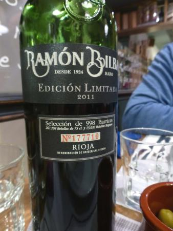 El Meson de Cervantes: Very good wine