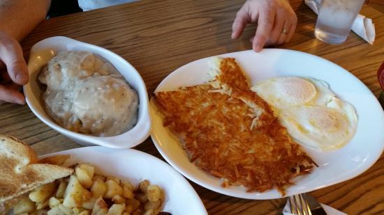 Little Oscar's Restaurant: Hearty portion sizes.