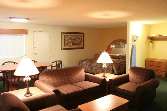 University Inn & Suites Tallahassee: Executive Suite