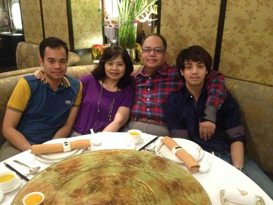 The Mayflower : Our family photo at MayFlower Dusit Thani Bangkok