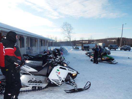 Aroostook Hospitality Inn: Getting ready for a day of riding