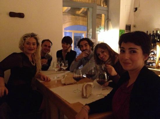 Taverna Giudecca Ortigia: ...Si comincia! ...la prima tavolata!