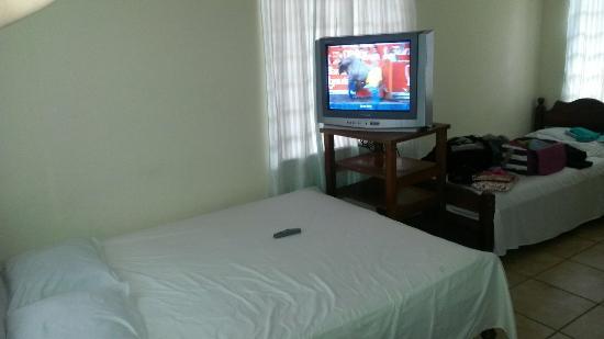 Compras deposito golfito opiniones del hotel cabinas for Affitti cabina cabina resort pinecrest