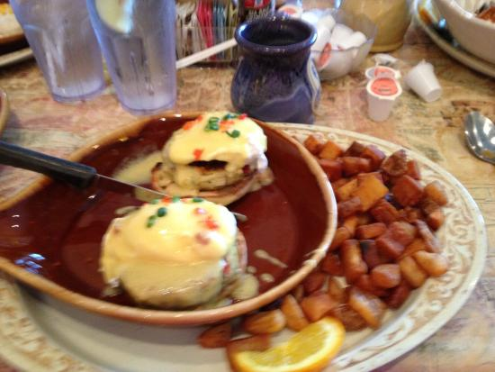 Eggs Benedict with Crab - Picture of Another Broken Egg Cafe ...