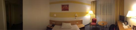 Mercure Hotel Kongress Chemnitz: Privelege kamer Is dus met waterkoker