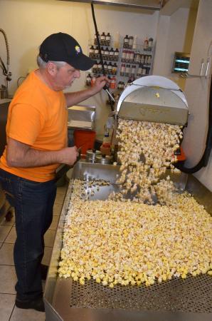 POParella's Gourmet Popcorn