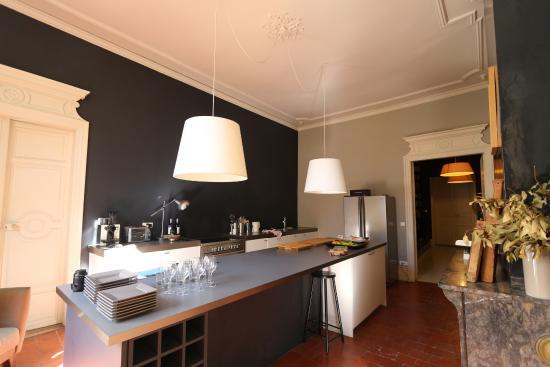 Carcassonne Kitchen