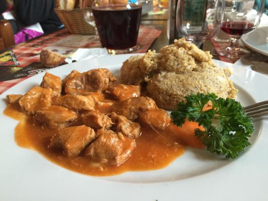 Bait Dal Ghet: Spezzatino con polenta