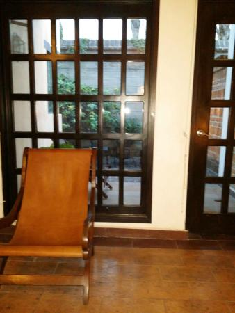 Hacienda La Magdalena Boutique Hotel: Vista de la habitación a la terraza