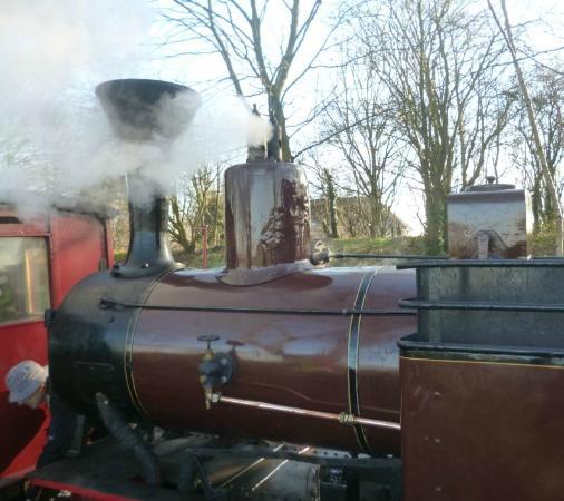 Leighton Buzzard Railway: 3