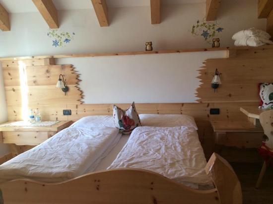 Family Hotel La Grotta: stanza della suite