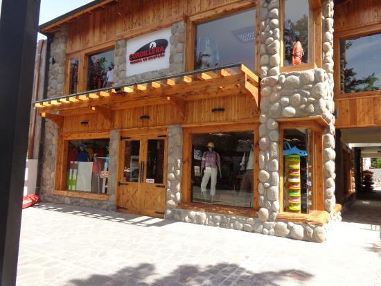Cordillera Tienda de Montana