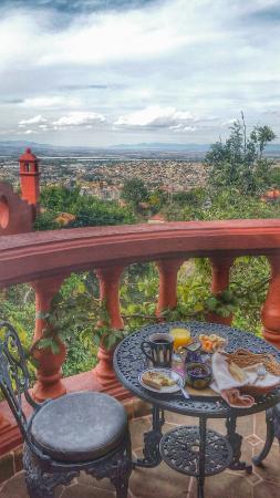 Casa Puesta Del Sol: Desayuno en mi cumpleaños  con la mejor vista de San Miguel de Allende