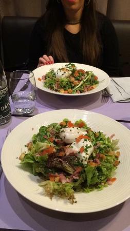BEST WESTERN PLUS Hôtel & Spa de Chassieu : Salade Lyonnaise.