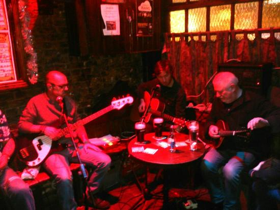 Charlie's Bar : Great music
