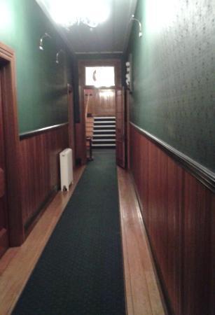 Okoroire Hot Springs Hotel: Hallway