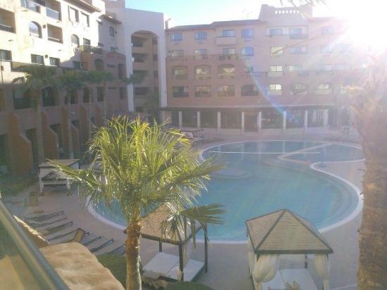Penasco Del Sol Hotel: Vista de las albercas desde la terraza de la habitacion