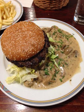 Buffalo Steakhaus: Mushroom Burger