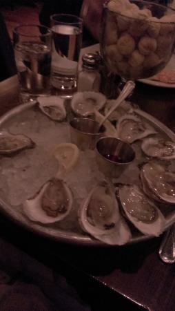Oyster House: oysters!