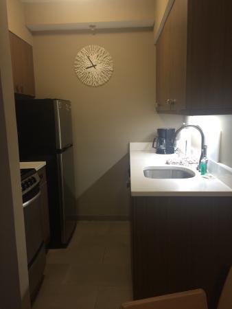 Residence Inn by Marriott Miami Coconut Grove: Tiny kitchen