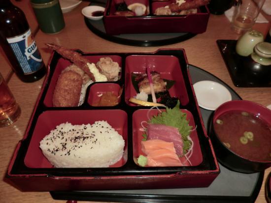 日本食レストラン 和音, ロブスター弁当の「弁当」部分。これだけでもお腹いっぱい