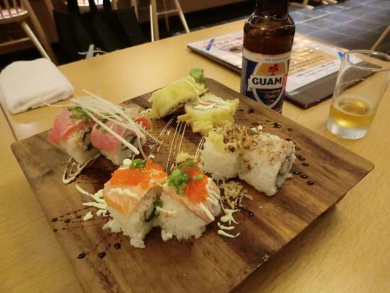 Japanese Restaurant WAON: 寿司4種盛り アメリカンローメールである