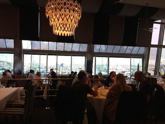 Sails Restaurant: Sails