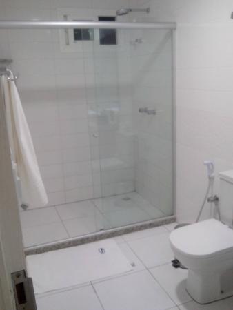 Brisamar Hotel Pousada: Banheiro apto 301