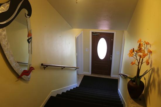 Hotel Paradise & Cottages: Hallway
