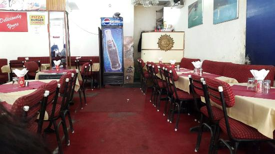Adarsh Restaurant: Inner view