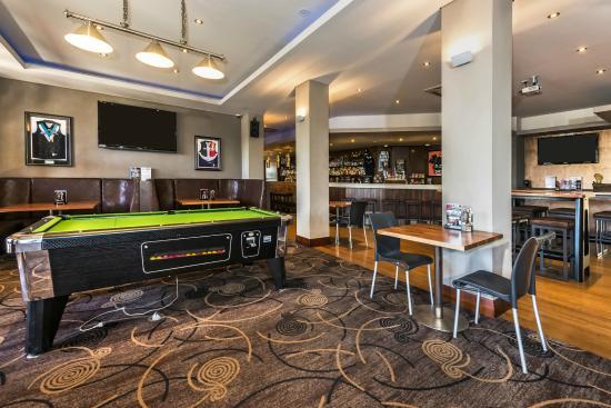 Quality Hotel Bayswater: 1898 bar
