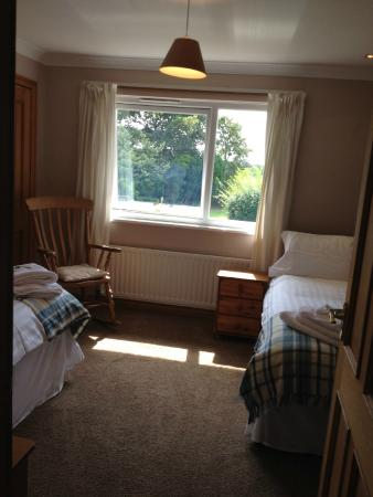 The Willows Cottages: Twin Room 4 Bedroom