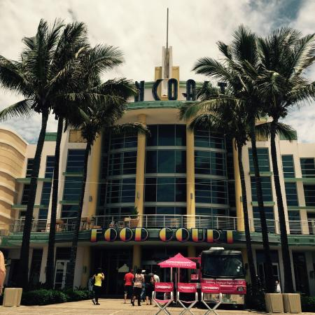 Suncoast casino centre court trucos ruleta casino real