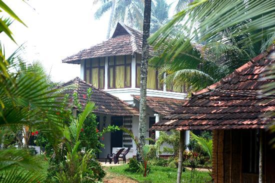 Pozhiyoram Beach Resort: The resort