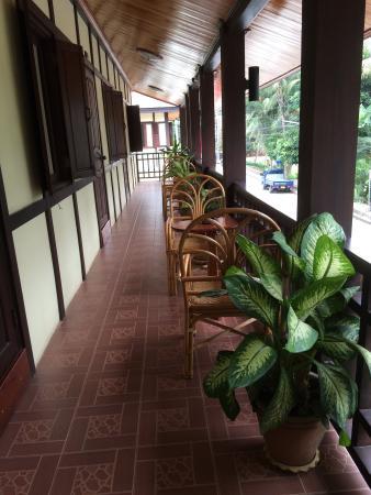 Villa Somphong: テラス