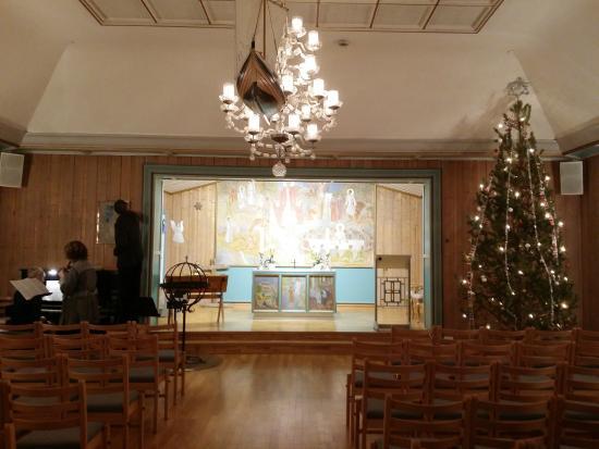 Svalbard Kirke: Inside of church