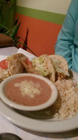 Los Jalapenos Cafe : Tacos.