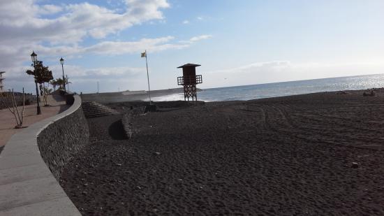 Todoque, Spain: menschenleerer Strand von PuertoTazacorte