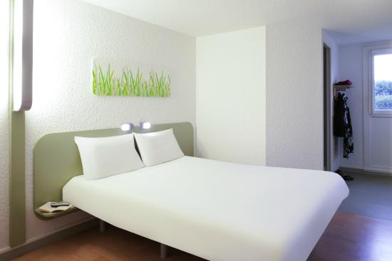 Chambre double - Picture of Ibis Budget Paris Porte de Pantin ...