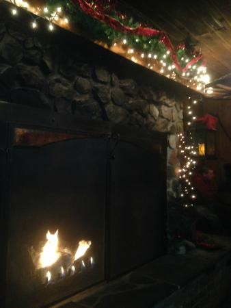 The Barn Restaurant: Warm inviting - a 6 foot fireplace is focal point of restaurant