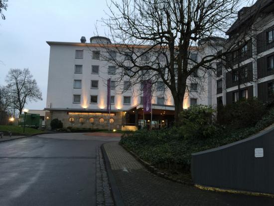 Ameron Hotel Königshof Bonn: Zufahrt